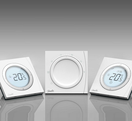 BasicPlus2 room thermostat